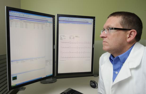 Cerner, Qualcomm, home health monitoring, 2net, CareAware, EHR