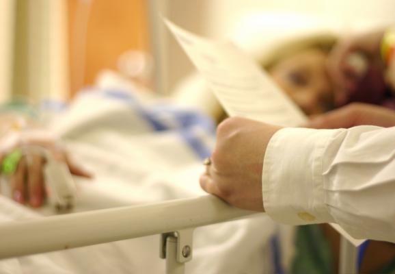 U.K., NHS studies, weekend effect, hospital admission, atrial fibrillation, heart failure