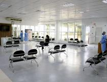 Special COVID-19 clinic at Unimed in Brusque, Brazil, where the seats are separated by several feet to help prevent cross contamination of patients. Photo by cardiologist Gustavo Caon Loeff.
