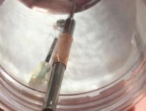 A closeup view of the impeller and motor components that are inside an Impella percutaneous heart pump catheter.