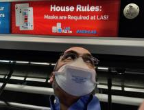 A spike in COVID cases in Las Vegas led the city to require masks for all businesses, and it was quickly followed by a state mandate requiring masks for everyone, regardless of vaccination status, indoors. Here is a masking sign on the Las Vegas airport terminal train. Signs promoting masking, vaccinations and COVID testing were everywhere at the airport to greet visitors attending HIMSS. #COVID19 #coronavirus